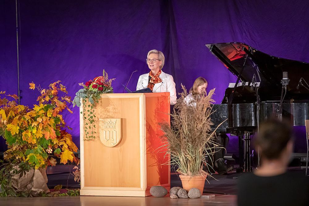 Juhlan avauspuheenvuoron piti Anni Lausvaara, Vanhustyön keskusliitto