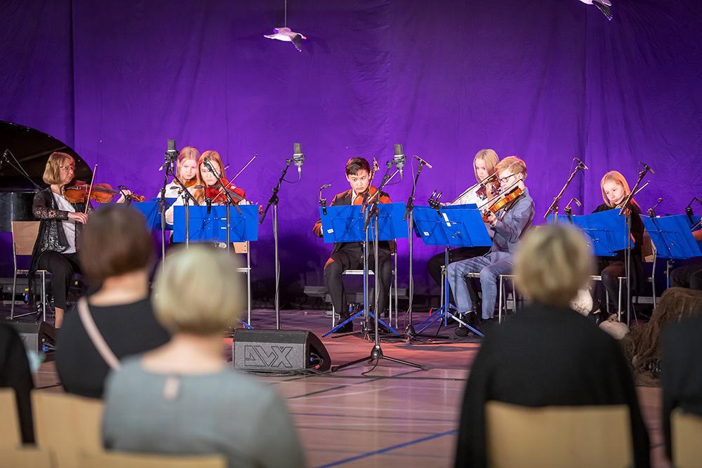 Naantalin musiikkiopiston Saaristo-orkesteri esiintyy