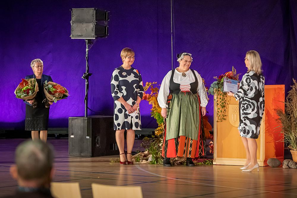 Ilmarinen ja Vanhustyön keskusliitto jakoivat Vuoden vanhusteko palkinnon Muisti- ja ikäystävällinen Etelä-Pohjanmaa -hankkeelle.